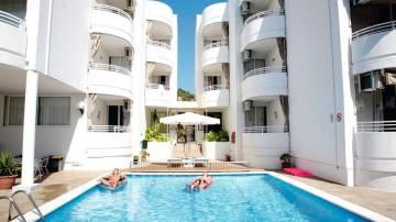 apartamentos el coto ibiza
