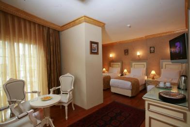 hotel maywood