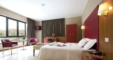 oasi village hotel milan